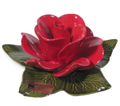 Ceramic 14cm Single Vibrant Red Rose